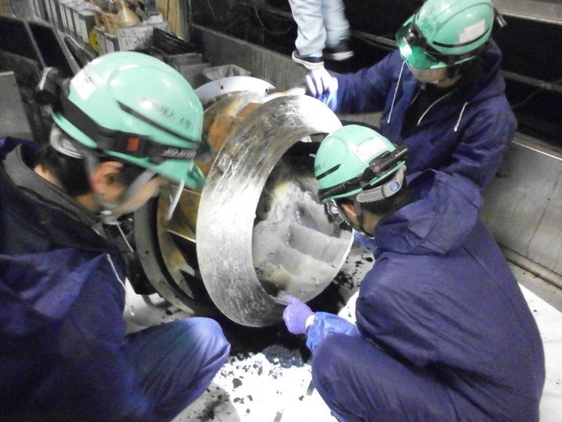 塗装ブース 排気シロッコファン清掃(メンテナンス)