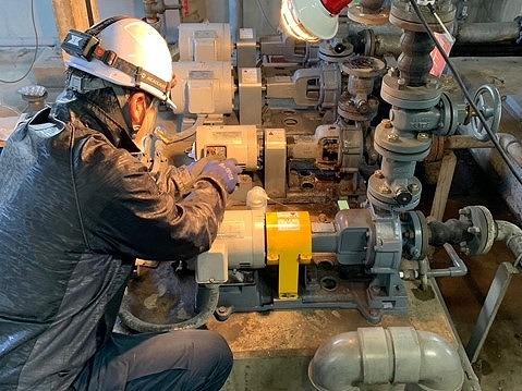 給水ポンプの更新と据付工事