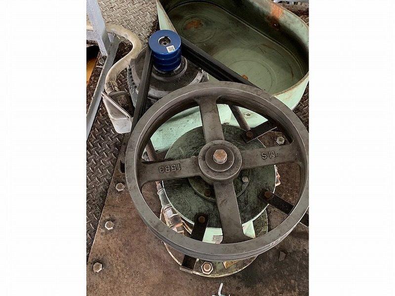 撹拌機駆動用プーリーの交換