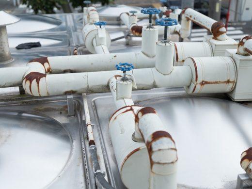 バルブ交換および保温・ラッキング工事前(※イメージです)
