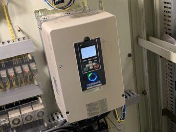 インバーター交換と電気配線・パラメーター設定工事